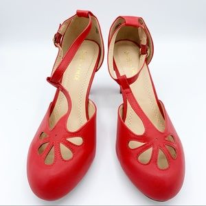 Chase & Chloe Red Kimmy High Heel Shoe New In Box